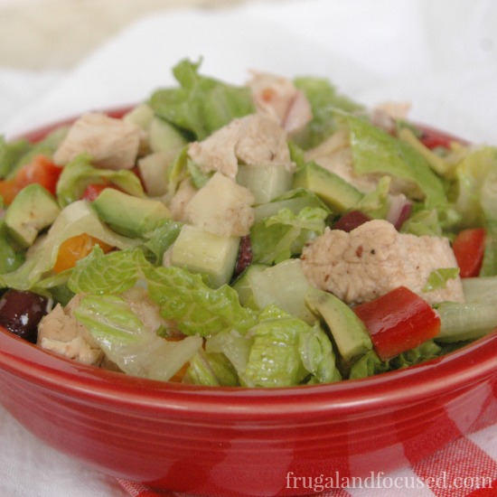31 Days of Healthy Dinner Ideas: Chopped Greek Salad with Chicken