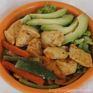 Healthy Dinner Idea: Paleo Chicken Fajita Bowl